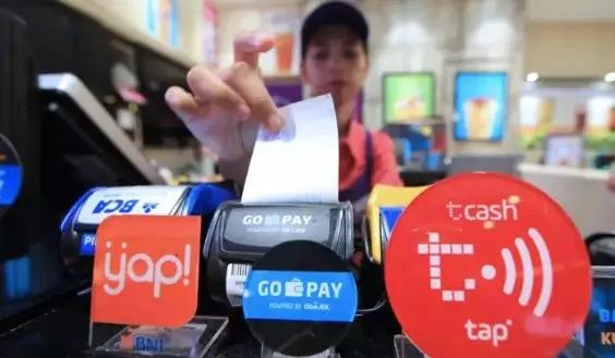 印尼某实体店,已经接入多种第三方支付