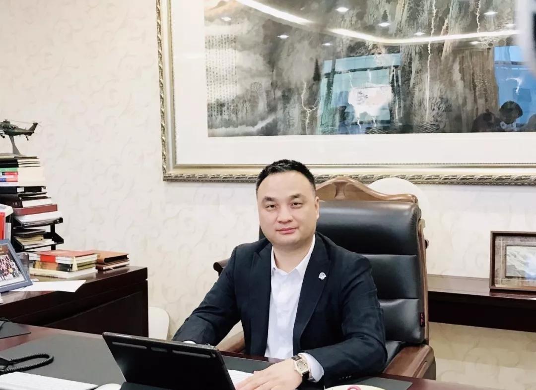 银嘉金服集团董事长孔建国