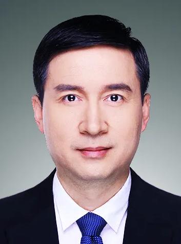 人民银行上海总部党委副书记、副主任金鹏辉